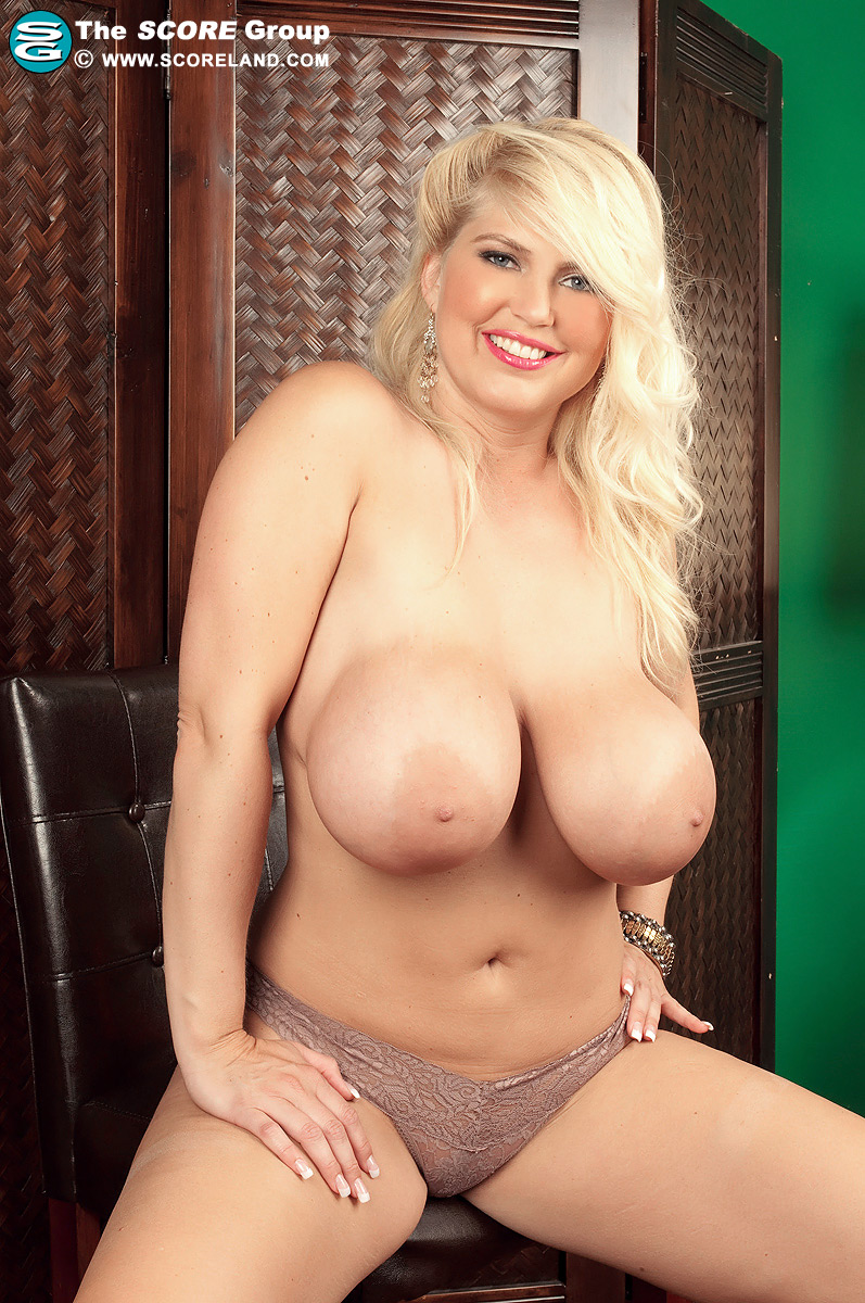 Kelly christiansen tits