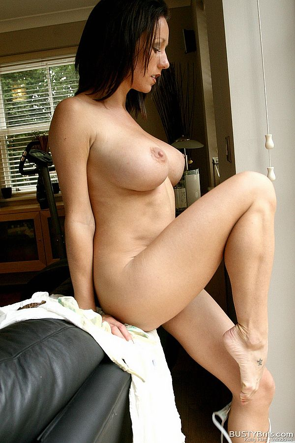 hart nude Kelly
