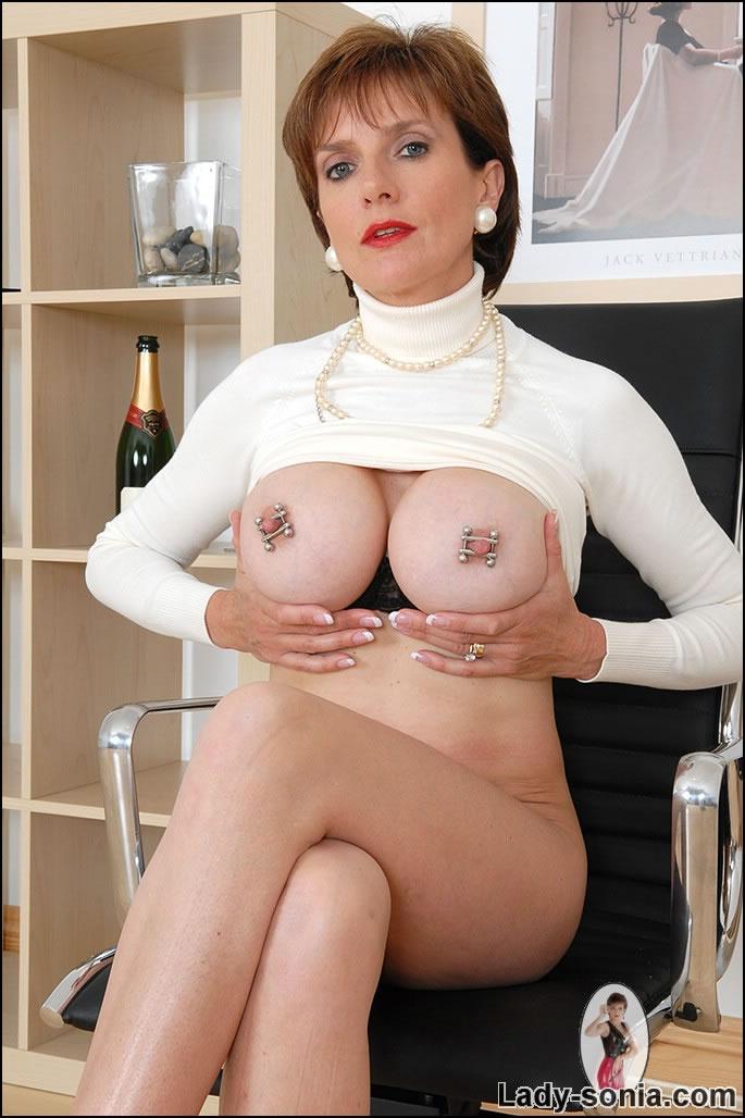 Lady sonia silk porn xxx image hot