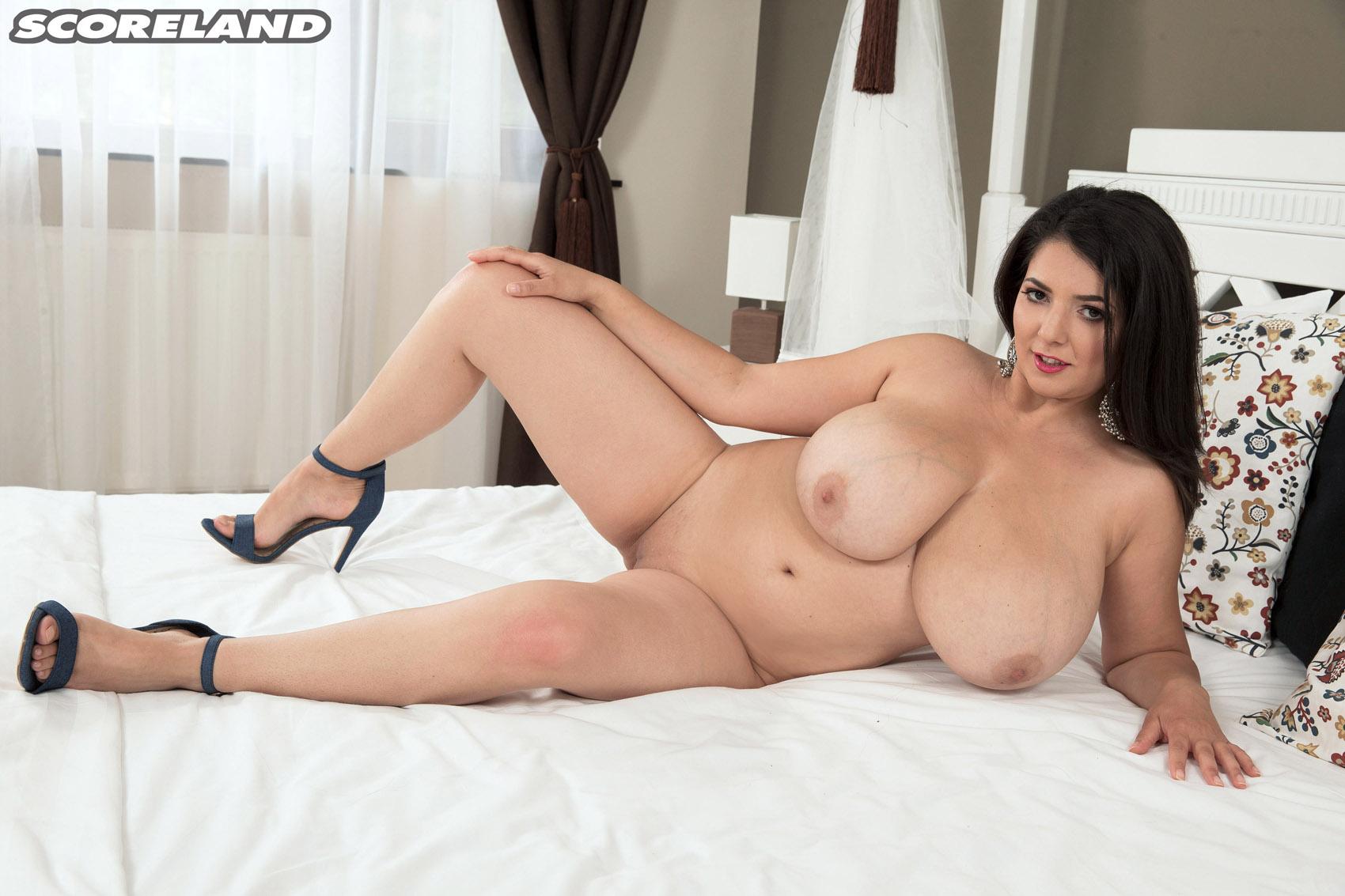Lara Jones Free Porn Gallery