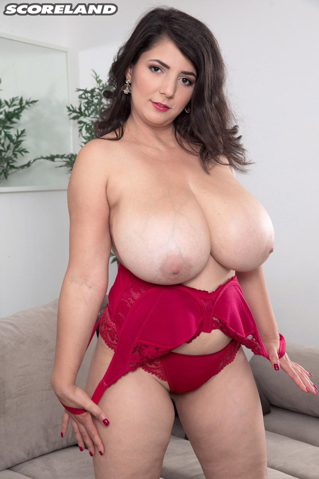 lara jones big tits