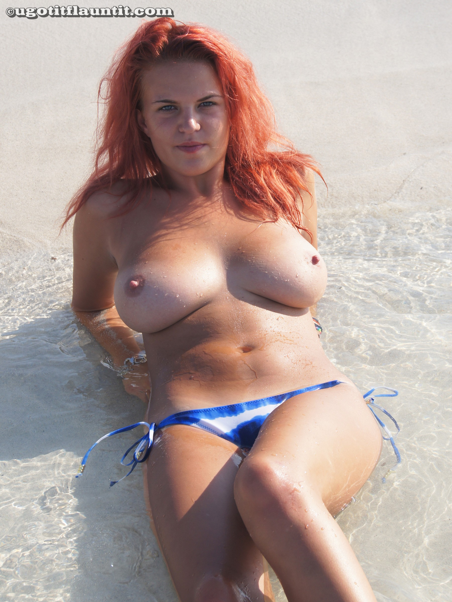 prime curves - laura sexy redhead
