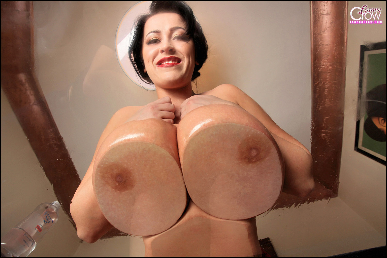 Huge Tits Babe Playing With Big Tits Babe