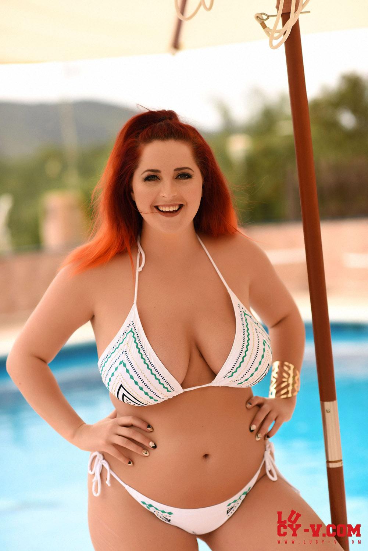 Snipped off her string bikini