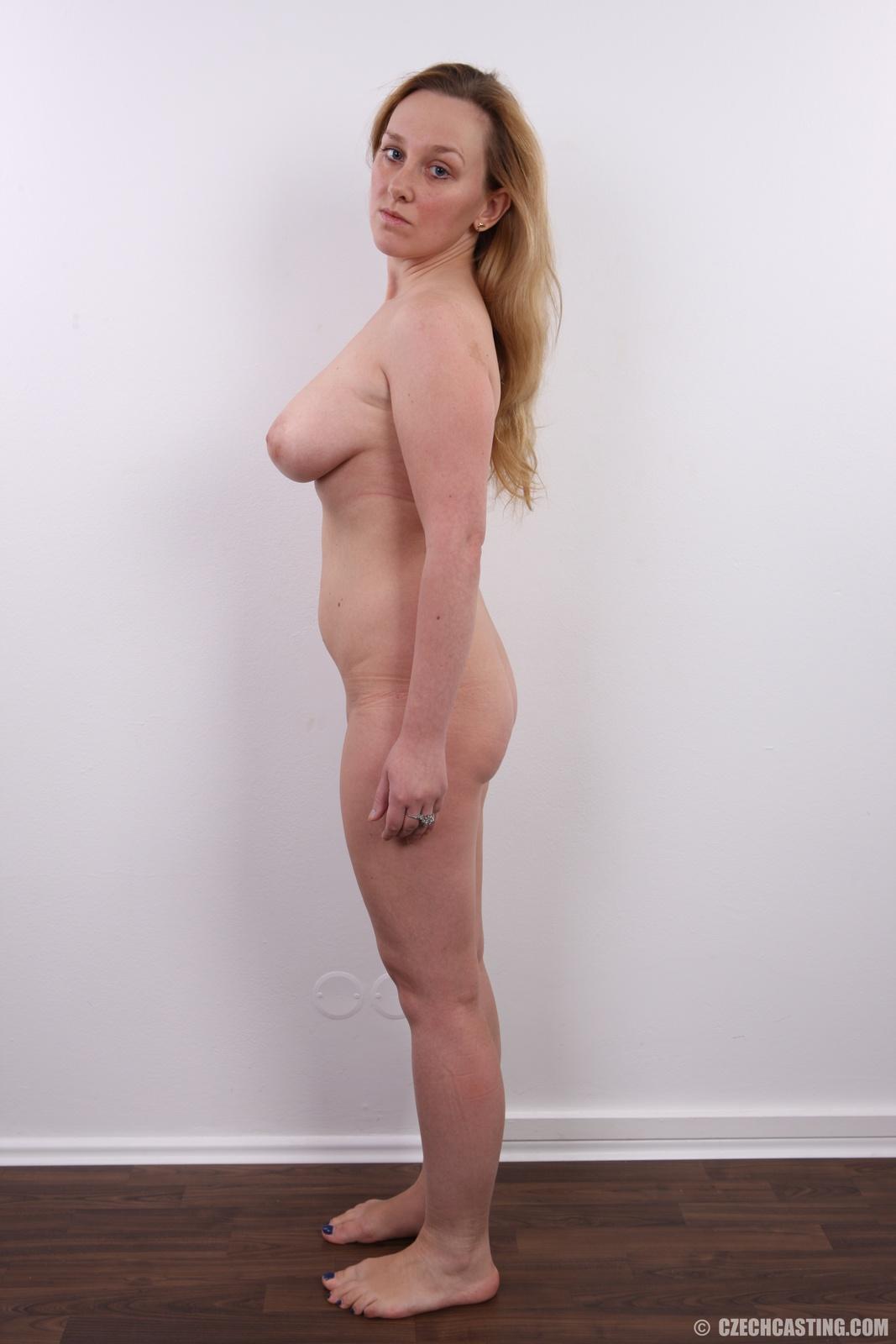 Magdalena Brzeska nackt Oben ohne Bilder Playboy Fotos