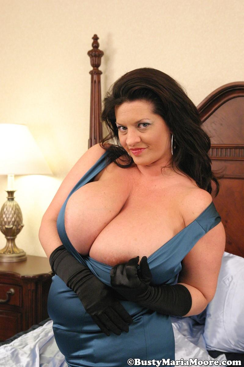 maria moore boobs