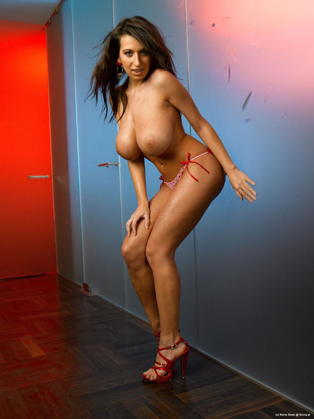 Jana Defi Nude Photos