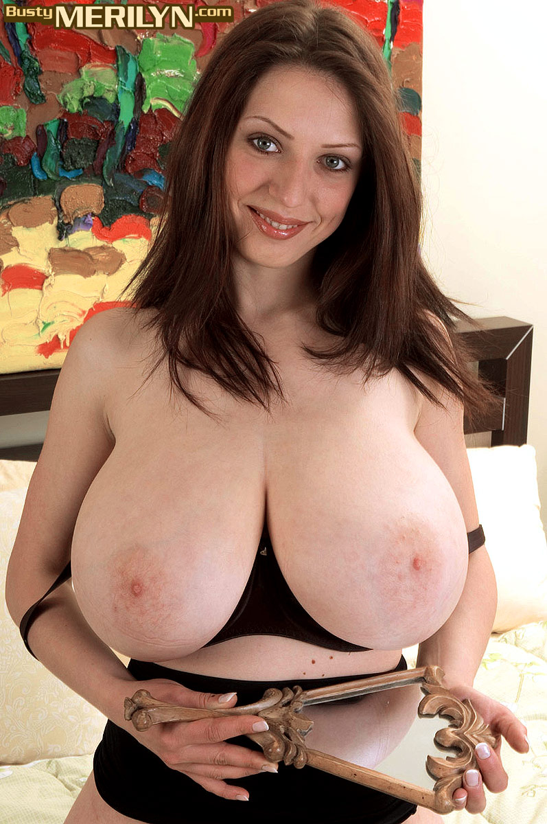 Busty gallery merilyn