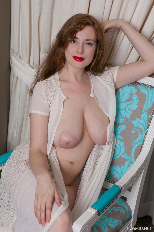 plump cute naked women