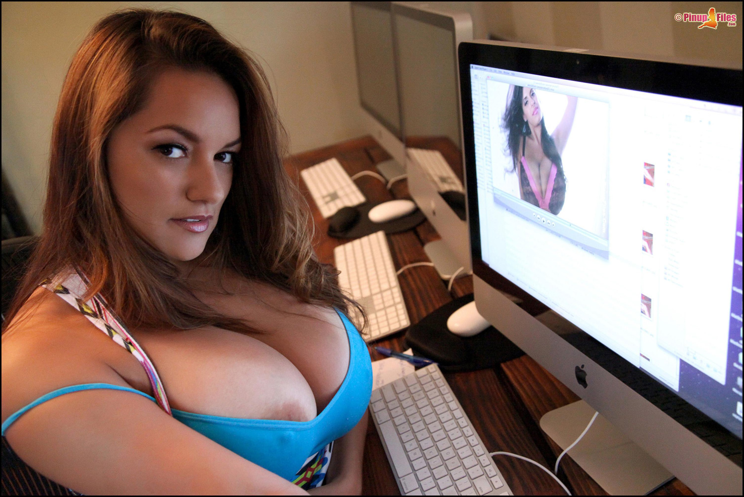Naked webcam monica big boobs female athletes fucking