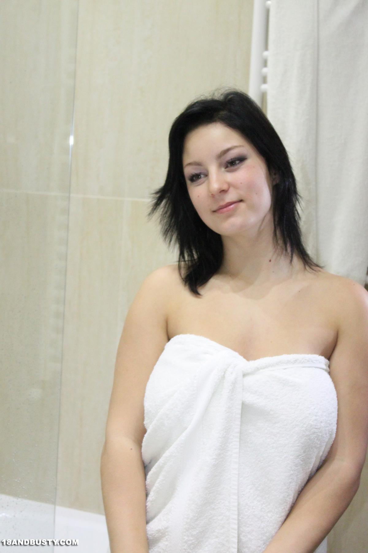 Hot sexy nanny big boobs