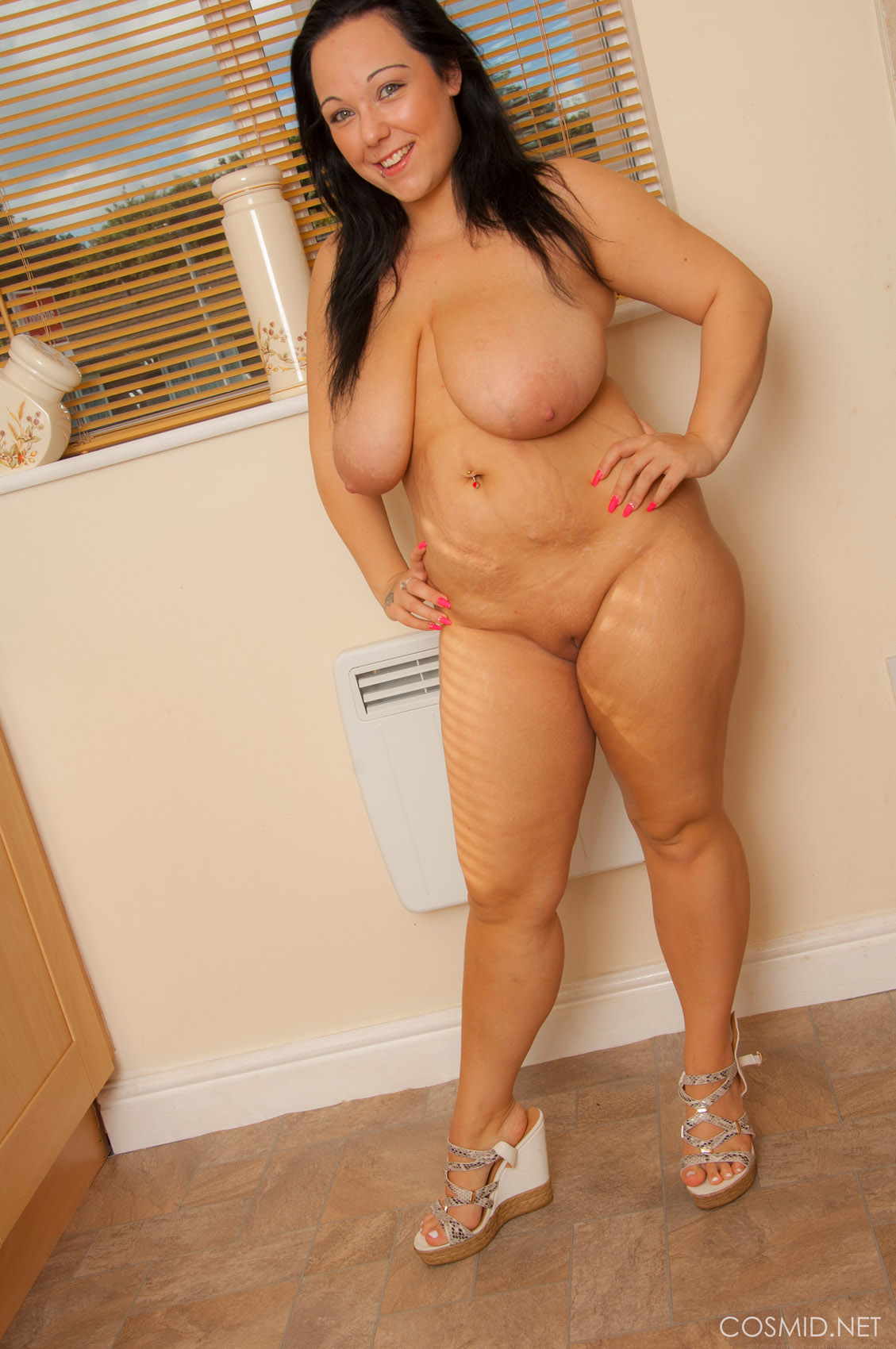 Curvy and sexy ass brunette riding stiff pole 9
