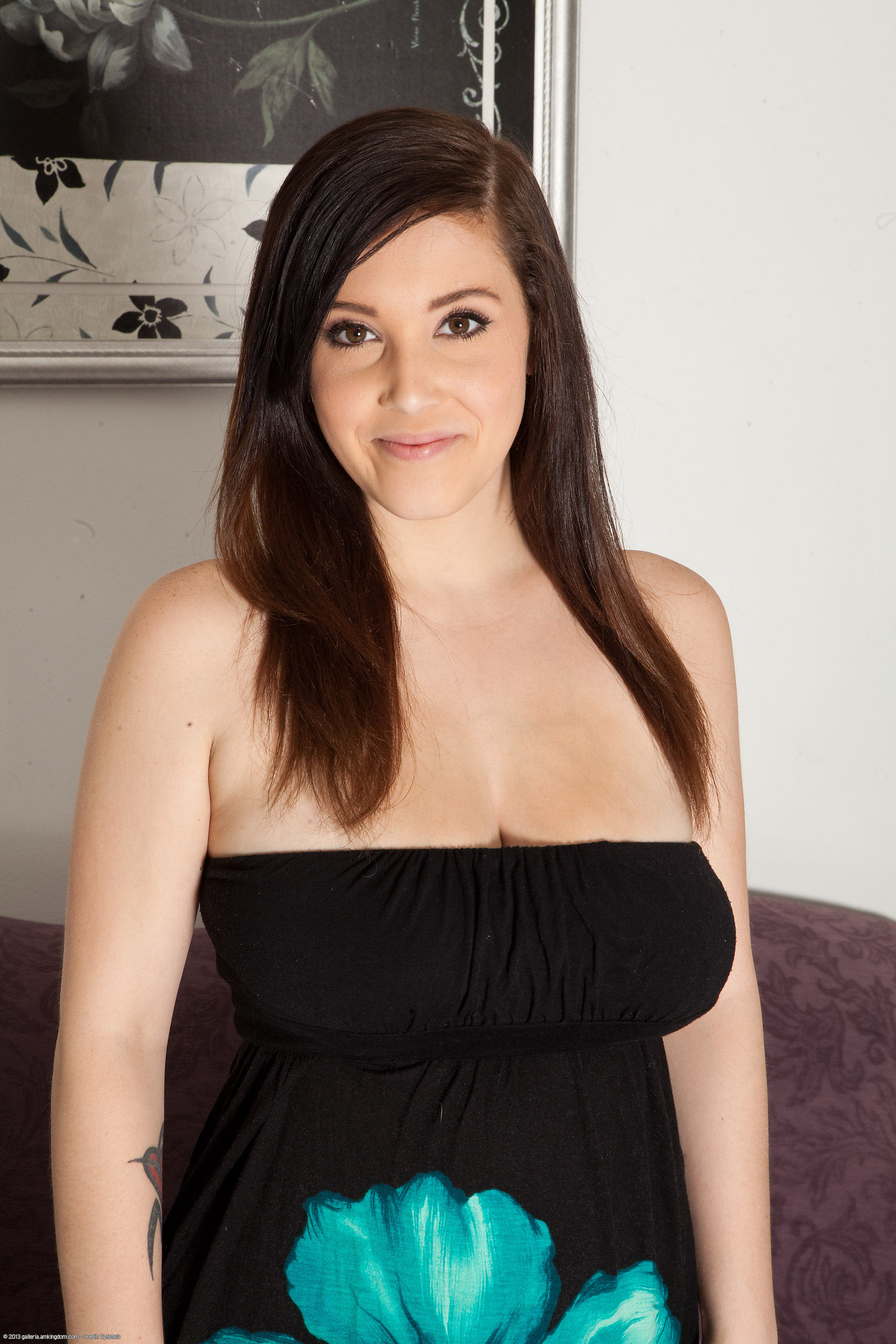 Noelle easton website