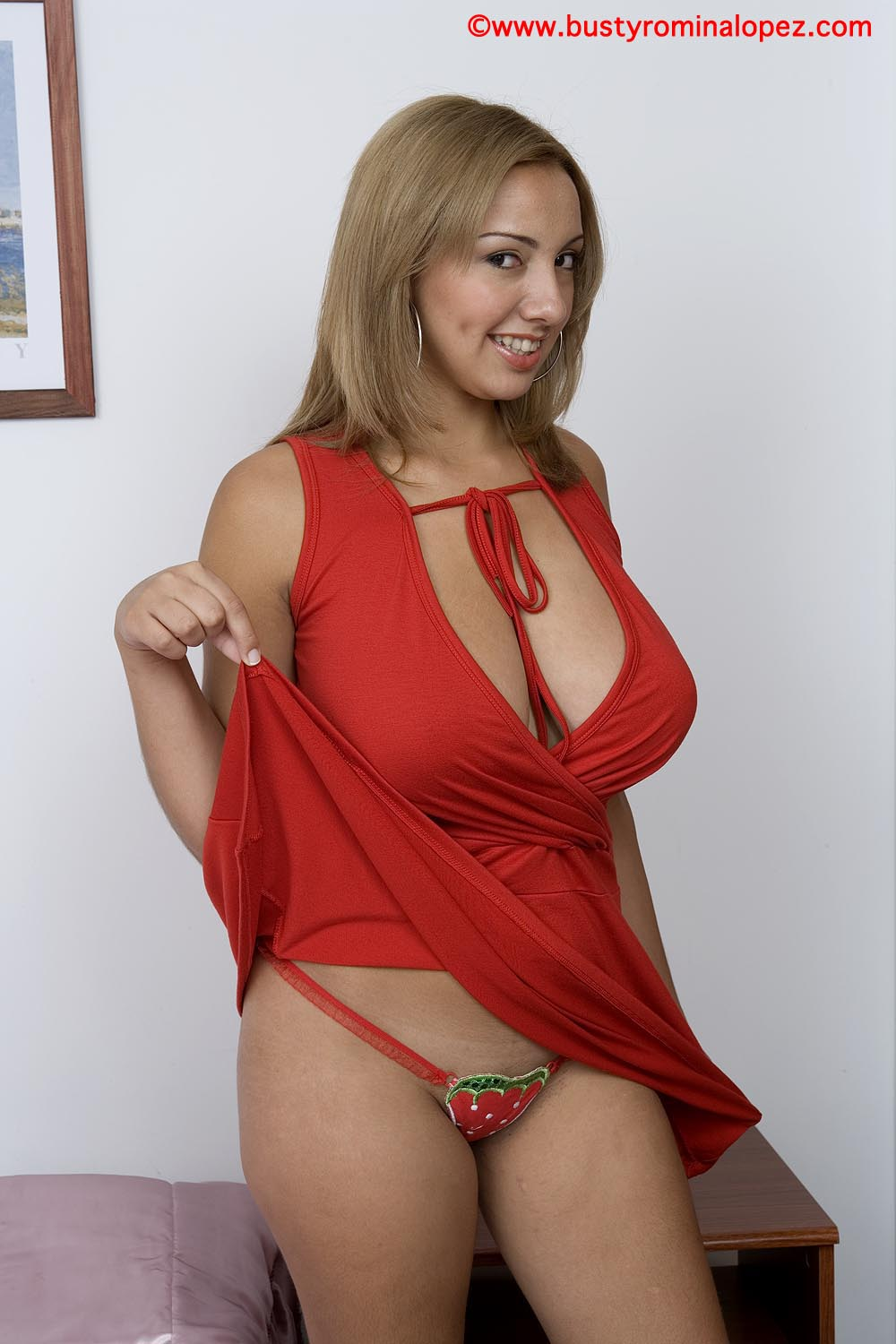 click here to see more paola rios her website