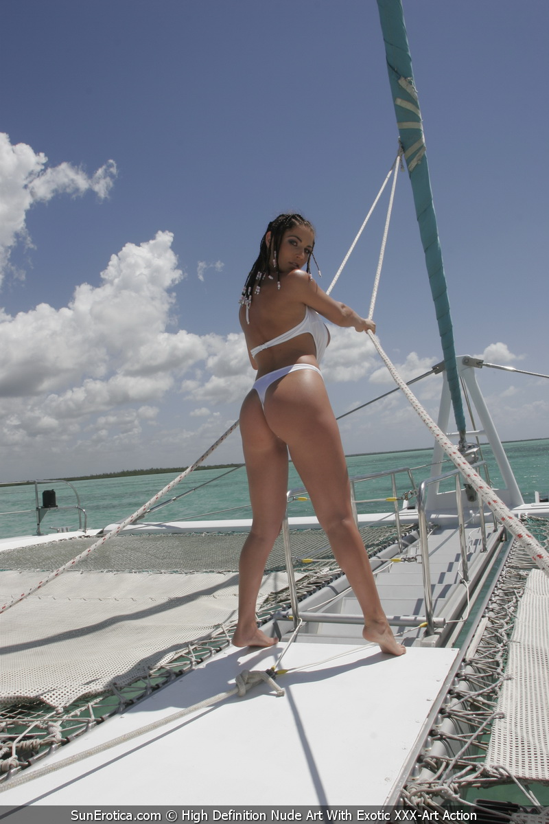 Roberta Missoni Boat