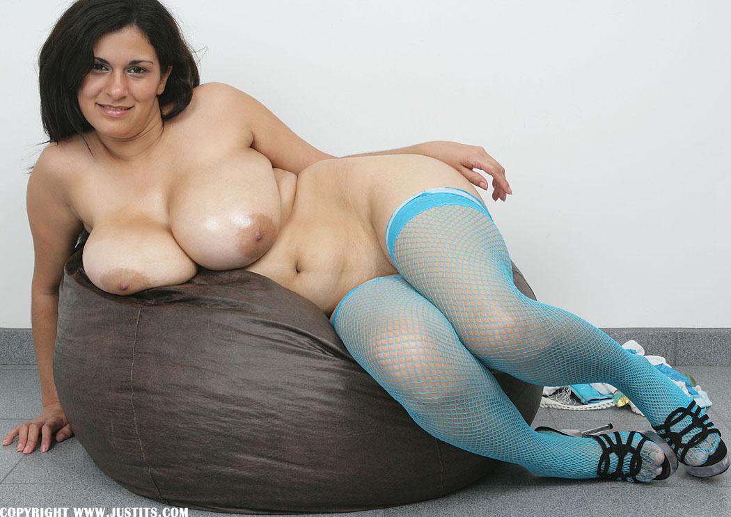 Huge tits small nipples-3909