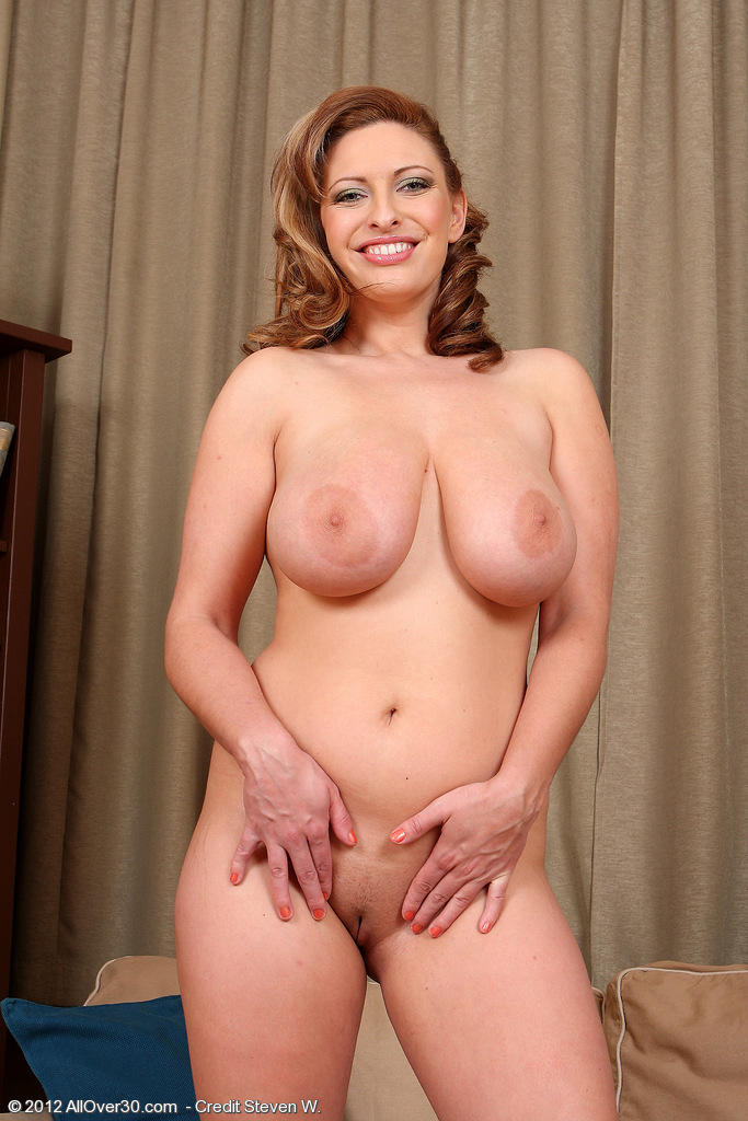 Sexy mature thumnails — pic 5
