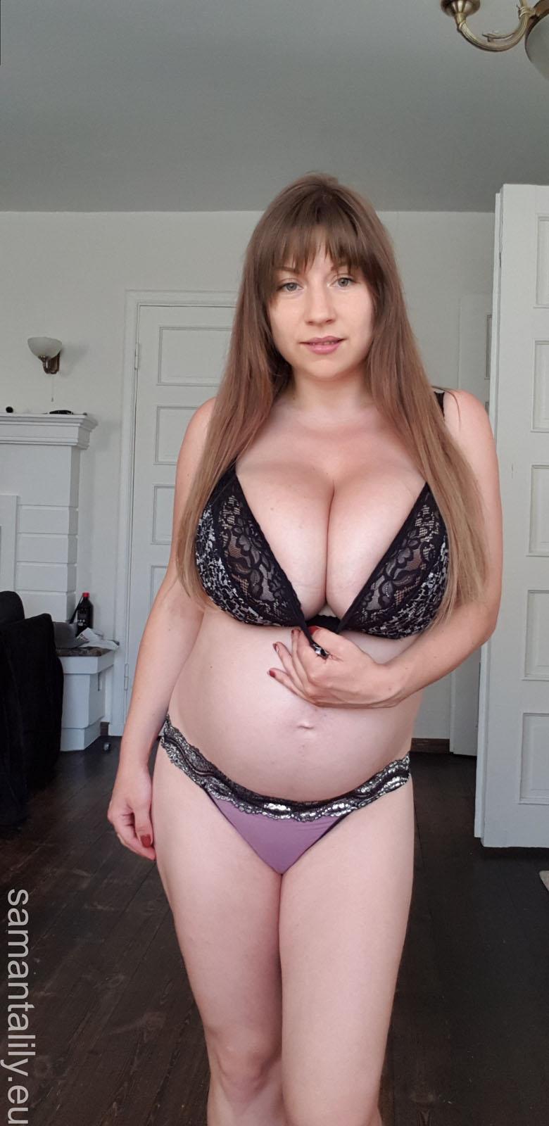 sexy pregnant boobs