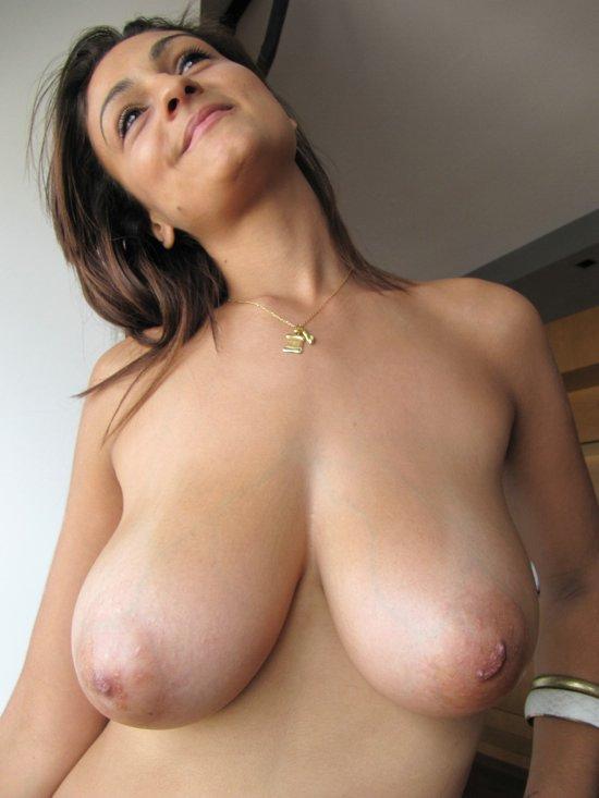 Puta locura big natural tits amateur gets fucked - 2 5
