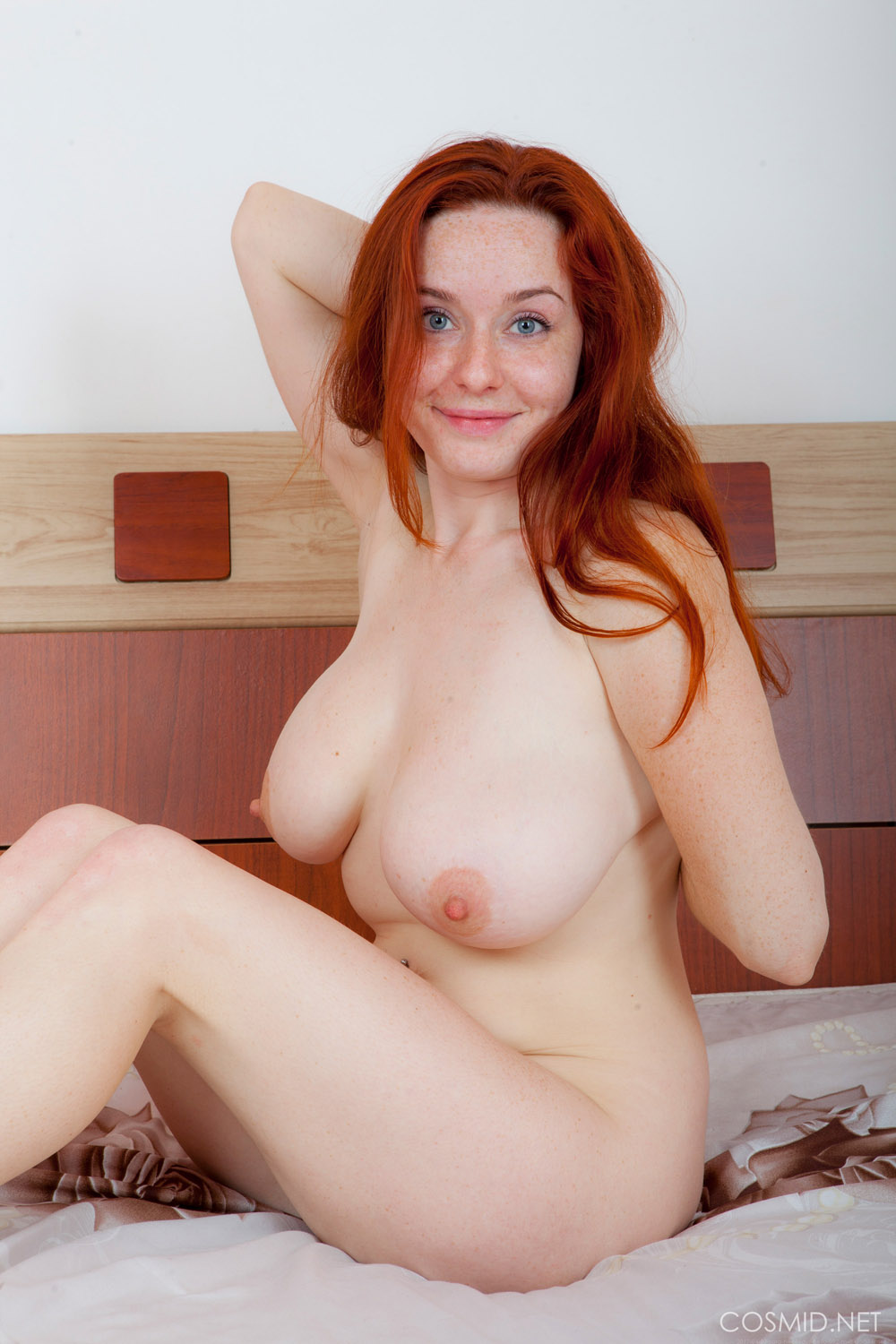 Free busty redhead pictures and movies