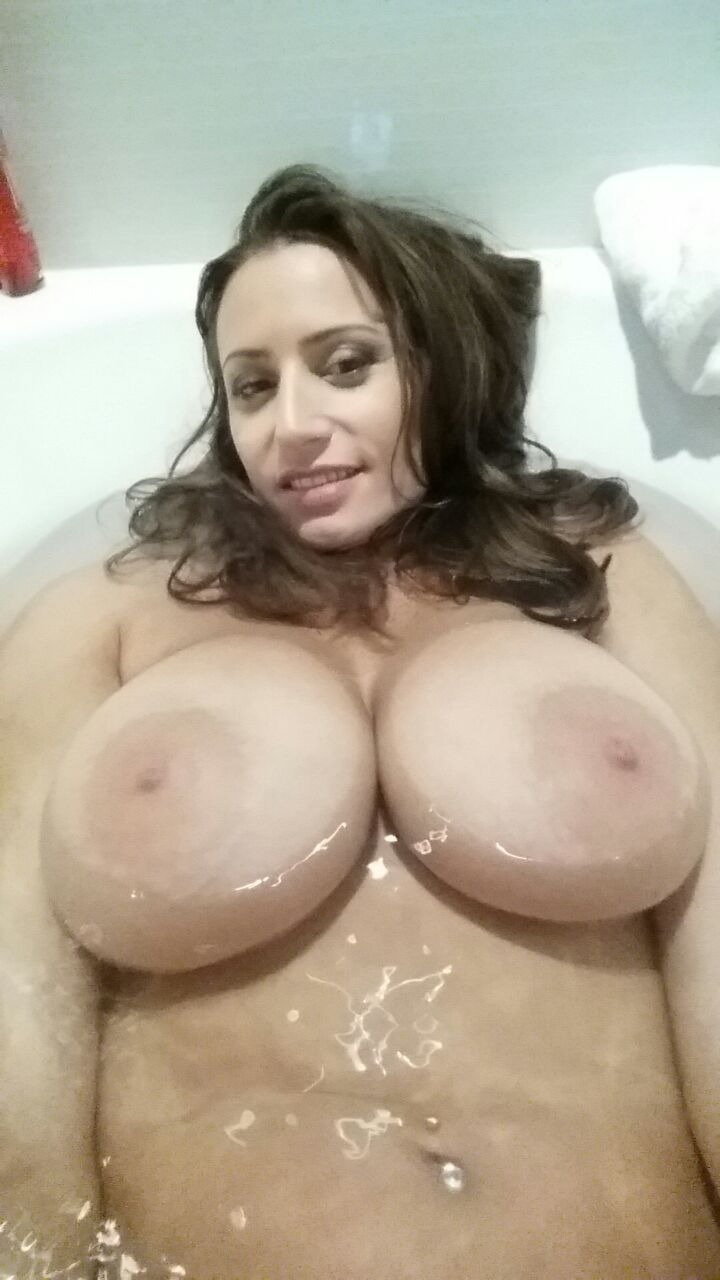 Rate amatuer nude bodies pics
