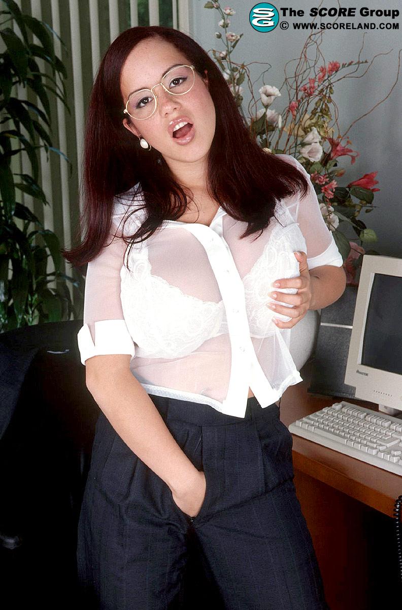 Sharday Tits 26