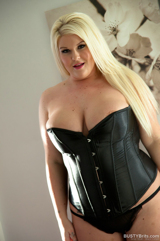 Words... super, sindy strutt corset