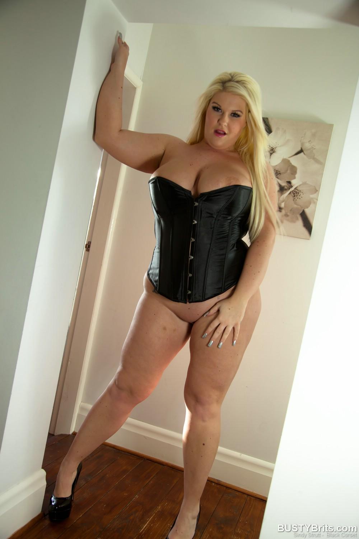 Sindy strutt corset