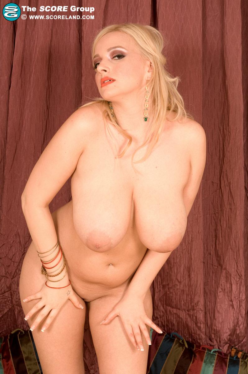 Sophie Mei Busty