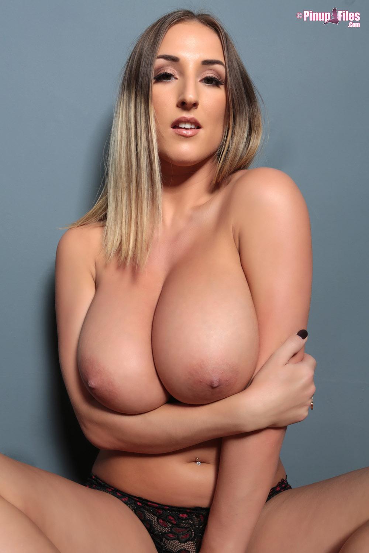 Panties perfect tits amateur