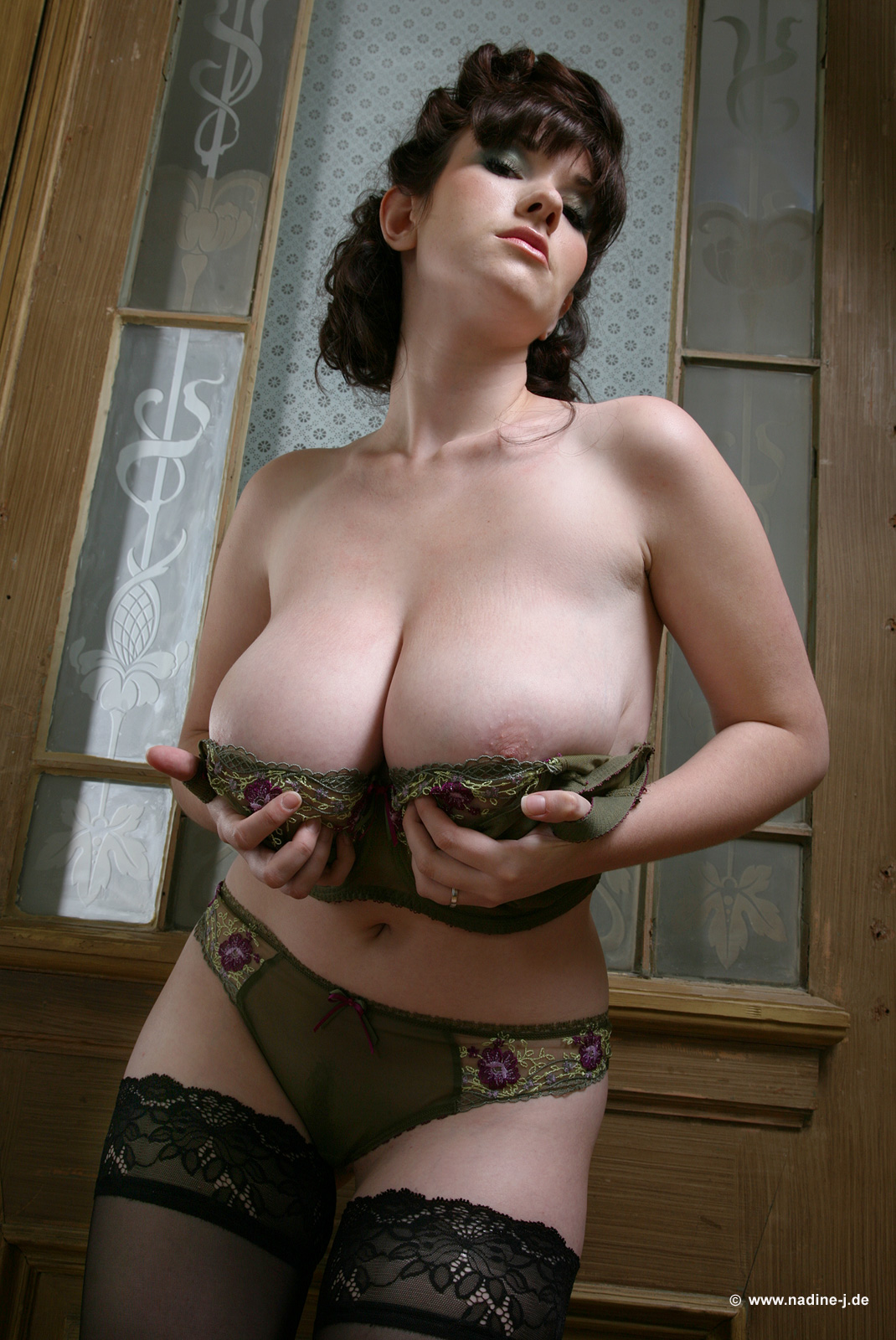 Poison and her brown nips take on another cummer - 3 10