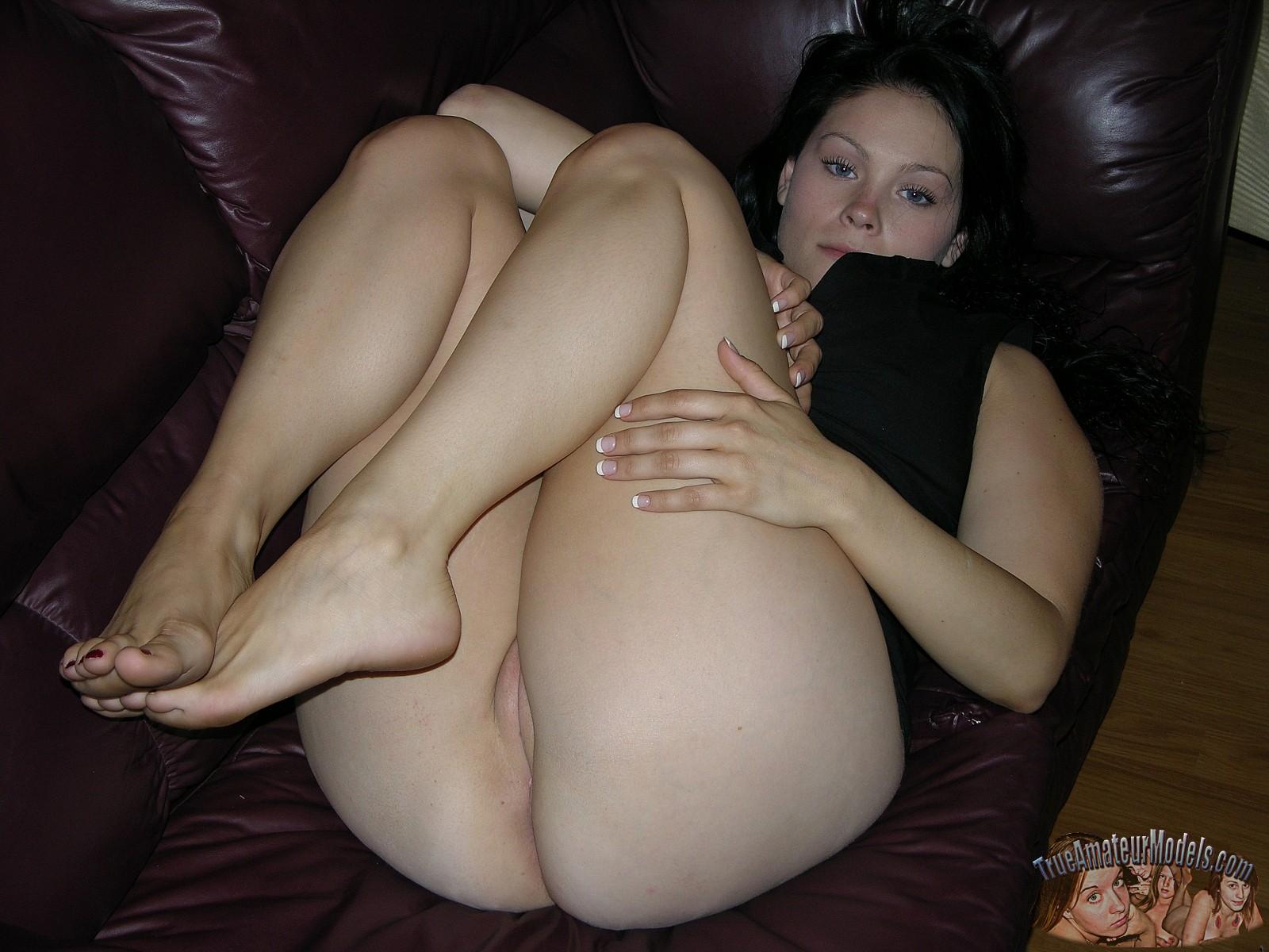 big tits and curvy ass amateurs