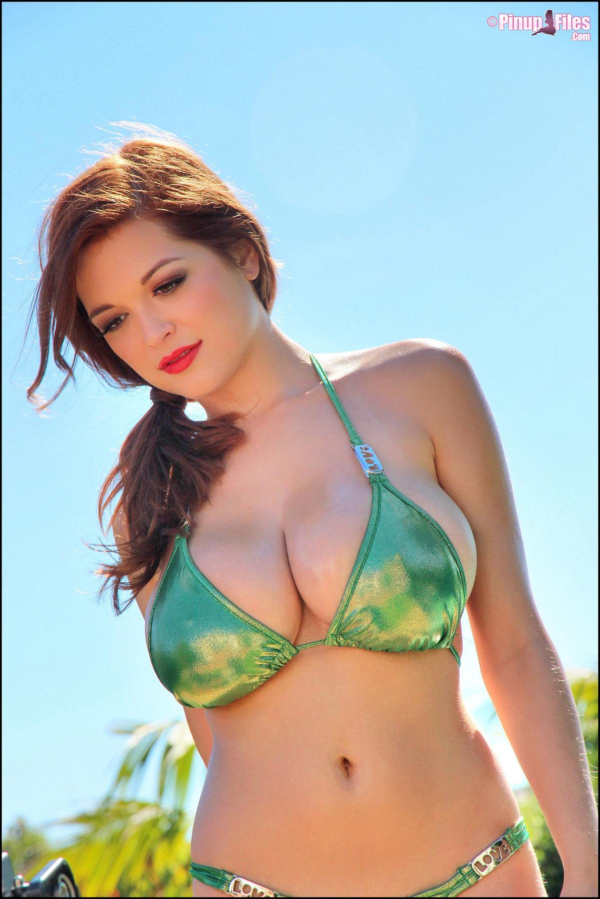 Tessa fowler video