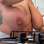 Leanne Crow Topless Cooking Video