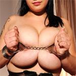 Mandy May Kinky Curvy