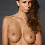 Marisa Nude Mega Star