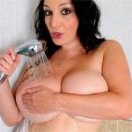 Michelle Monaghan Shower