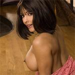 Nina Mercedez Curvy Latina