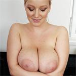 Sophie Mei Unique Curves