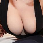 Velma Thick Pale Redhead