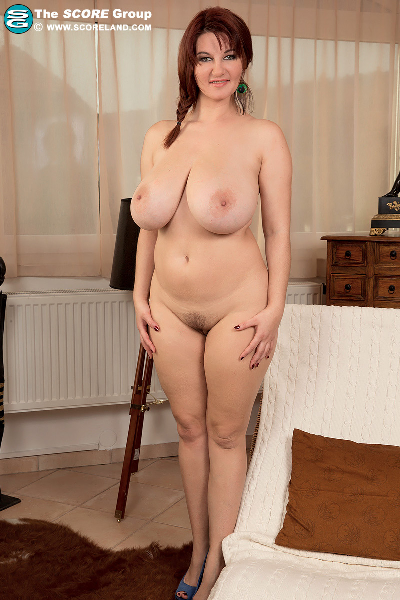 mom with fat boob