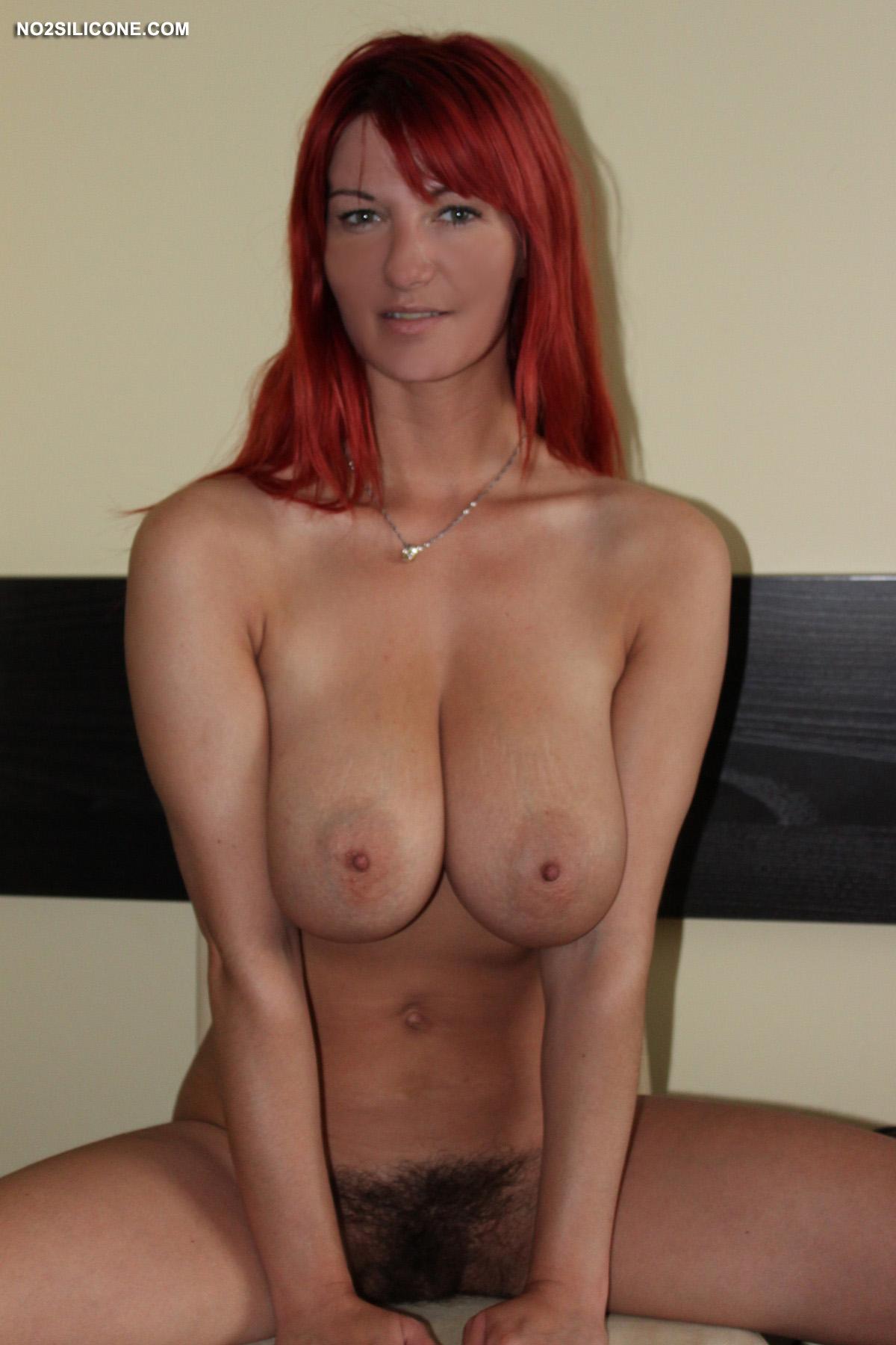 Big natural redhead tit