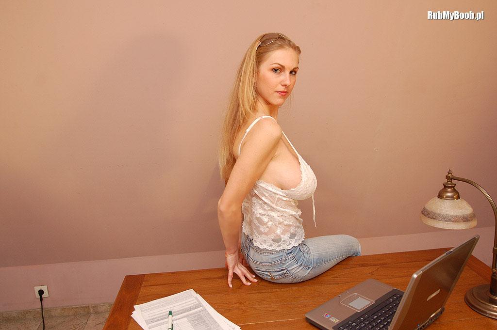 Big tits sexy ass free videos