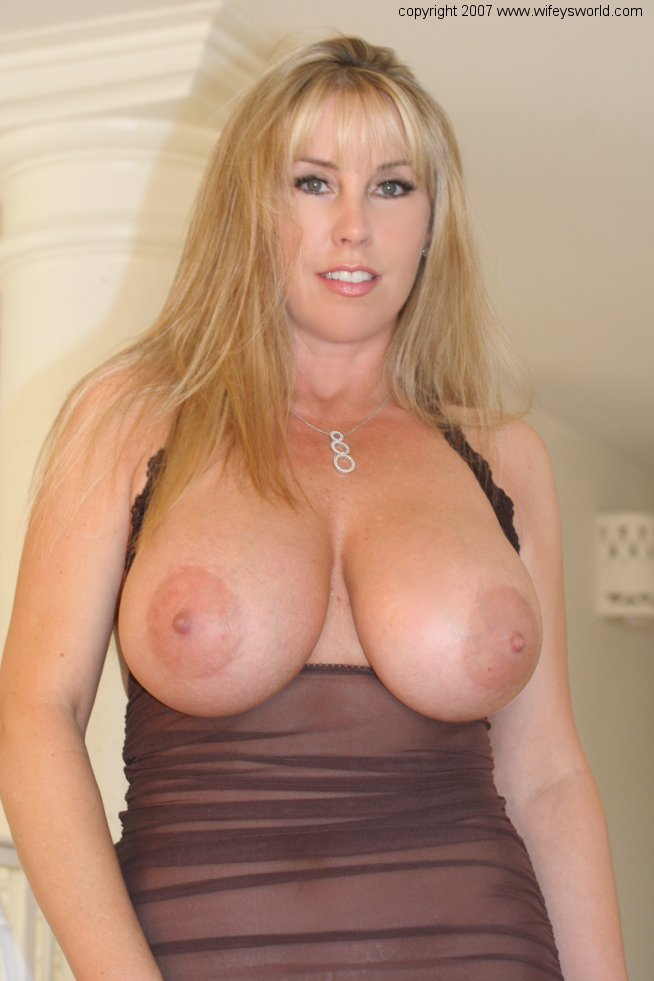 Click Here To See The Legendary Wifeys Worlds